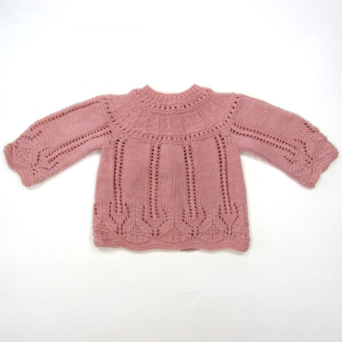 14f236c1e743b Trousseau bébé fille layette vintage en dentelle tricot rose ancien