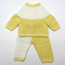 Trousseau layette blanc et jaune bébé garçon 1 mois AU TRICOT AVEC TORSADES