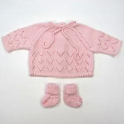 Brassière et chaussons au tricot ajouré rose dragée bébé fille 1 mois