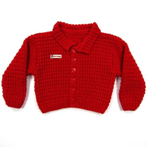 Cardigan rouge bébé garçon avec un col fermé par des boutons rouges 2 trous