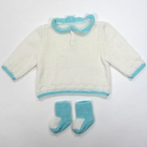 Pull bébé garçon encolure roulottée et bordures aqua puis  jersey blanc avec chaussons
